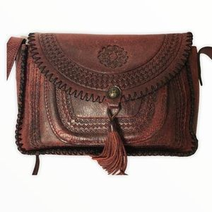 PATRICIA NASH red weathered leather stitched bag